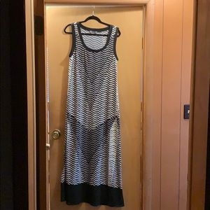 NY Collection XL Black and White Maxi